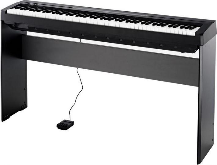 Digitálny klavír základnej úrovne s plne váženou klávesnicou