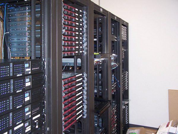 Dôležité faktory pre výber najlepšej web hostingovéj služby