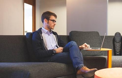 Rastúca popularita online psychoterapie